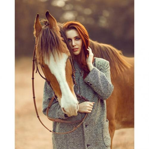 Photoshoot with horse